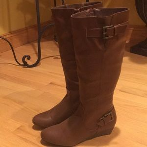 Like New Rampage brown boots.  Size 8